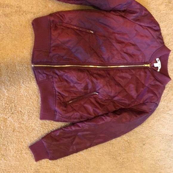 Tilly's Jackets & Blazers - Bomber jacket